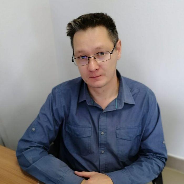 Технолог Сергей Сидоров