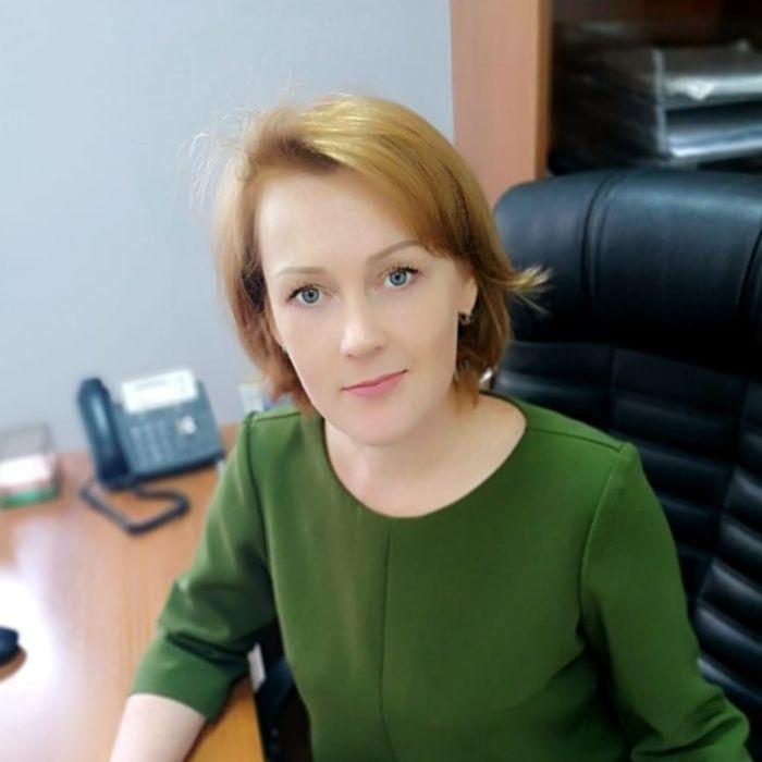Директор Елена Васянина